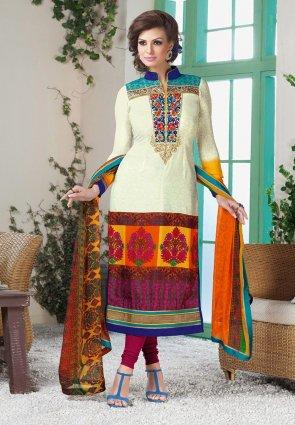 Diffusion Ravishing Ivory And Magenta Salwar Kameez