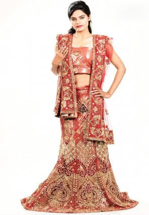 Diffusion Captivating Red Chaniya Choli