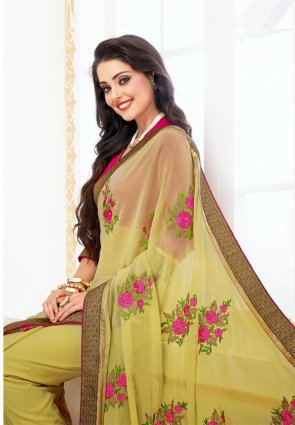 Diffusion Scintillating Pale Yellow Embroidered Saree