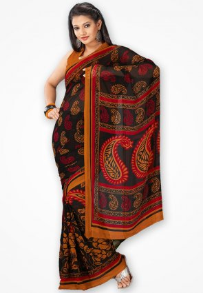 Rajshree Black And Red Rose Printed Saree